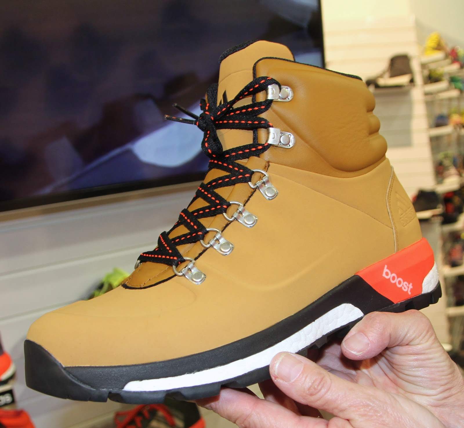 adidas outdoor boost urban hiker c199370868f