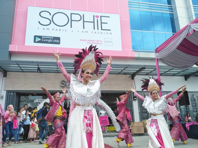 grand opening sophie paris