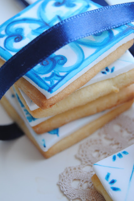 biscotti bomboniera segnaposto dipinti