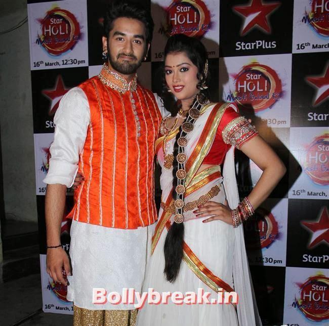 Digangana Suryavanshi and  Vishal Vashishtha,  Jennifer winget, Shayantani , Others at Star Plus Holi Masti Gulal Ki