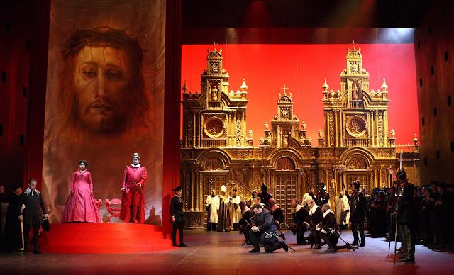 Auto da fe scene - Verdi: Don Carlo - Royal Opera - ©ROH, Photo Catherine Ashmore