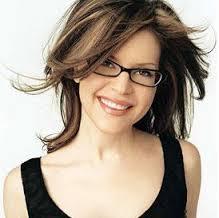 Jika Anda disarankan untuk memakai kacamata, pastikan Anda Memakainya