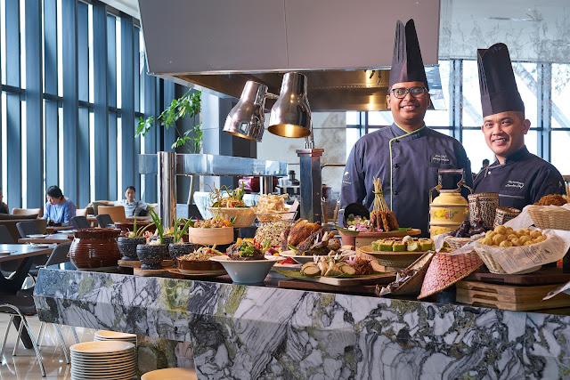 Expect A Rustic Gastronomic Delight At Element Kuala Lumpur Situated On The 40th Floor Trace Restaurant And Bar Proudly Presents Dari Dapur Bonda