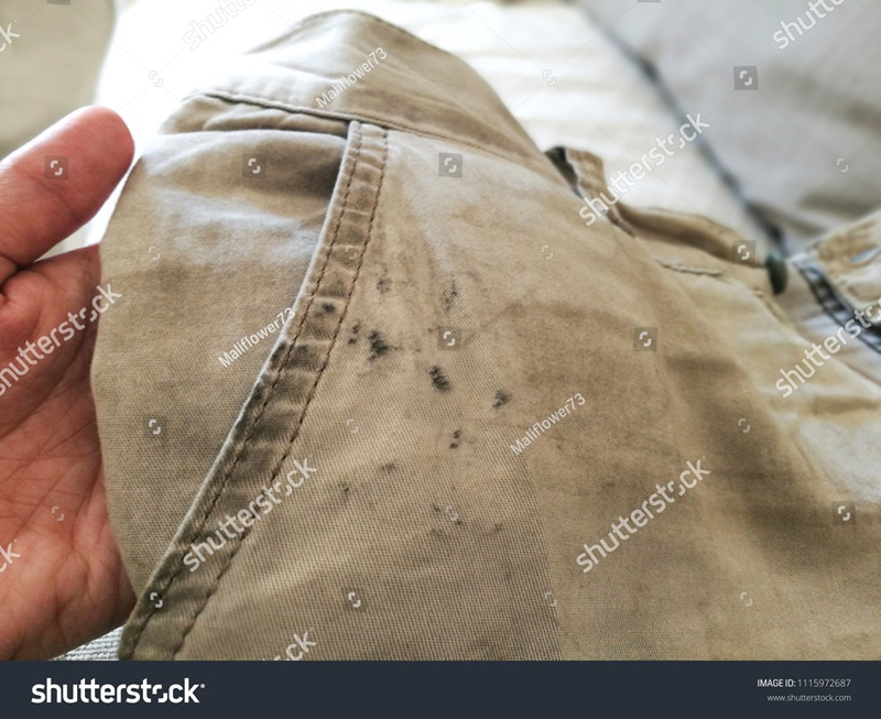 Home Remedies for Removing Oil Stains from Clothes