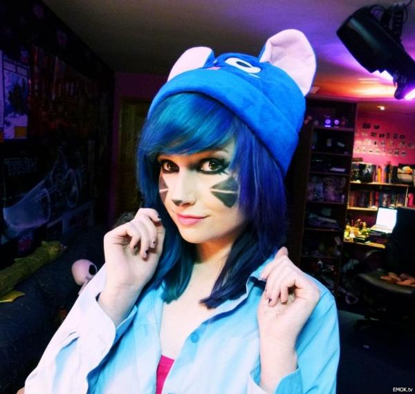 Fantastic Blue Emo Hair Medium Emo Haircuts Short Hairstyles Gunalazisus
