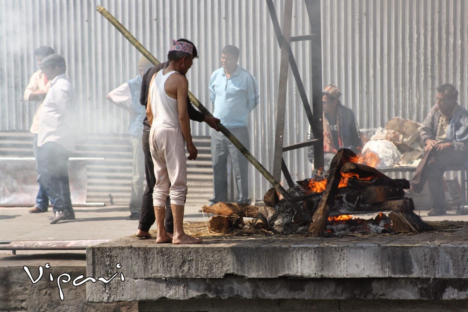 ritos funerarios hindúes 16