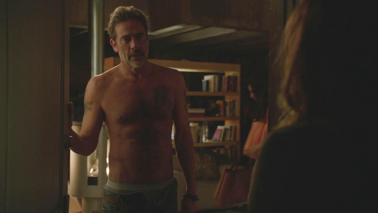 SHIRTLESS PEOPLE: Jeffrey Dean Morgan shirtless in Extant