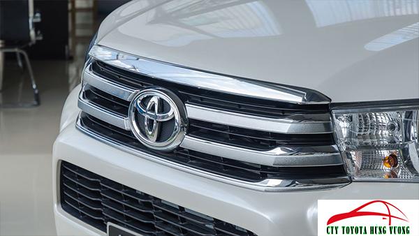 Giá xe, thông số kỹ thuật và đánh giá chi tiết bán tải Toyota Hilux 2018 nhập khẩu - ảnh 6