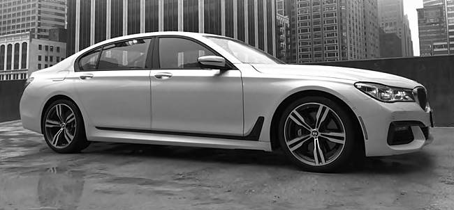 2017 BMW 740i, 750i xDrive Sedan Design & Performance