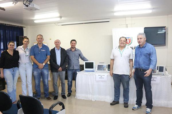 COMCAM: Governo do Estado entrega equipamentos para o setor da saúde