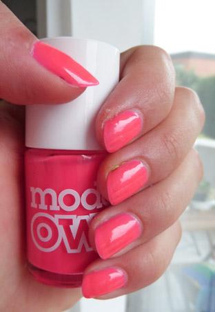 [Nagellack] Models Own - Neon Pink