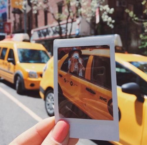 Δύο ξανθιές στο ταξί