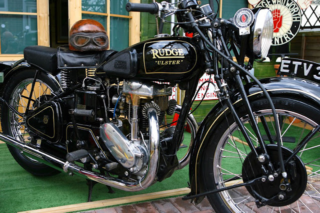 Rudge Ulster Front look