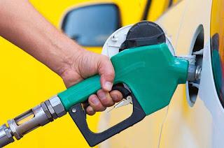 http://vnoticia.com.br/noticia/2760-petrobras-anuncia-queda-nos-precos-da-gasolina-e-do-diesel