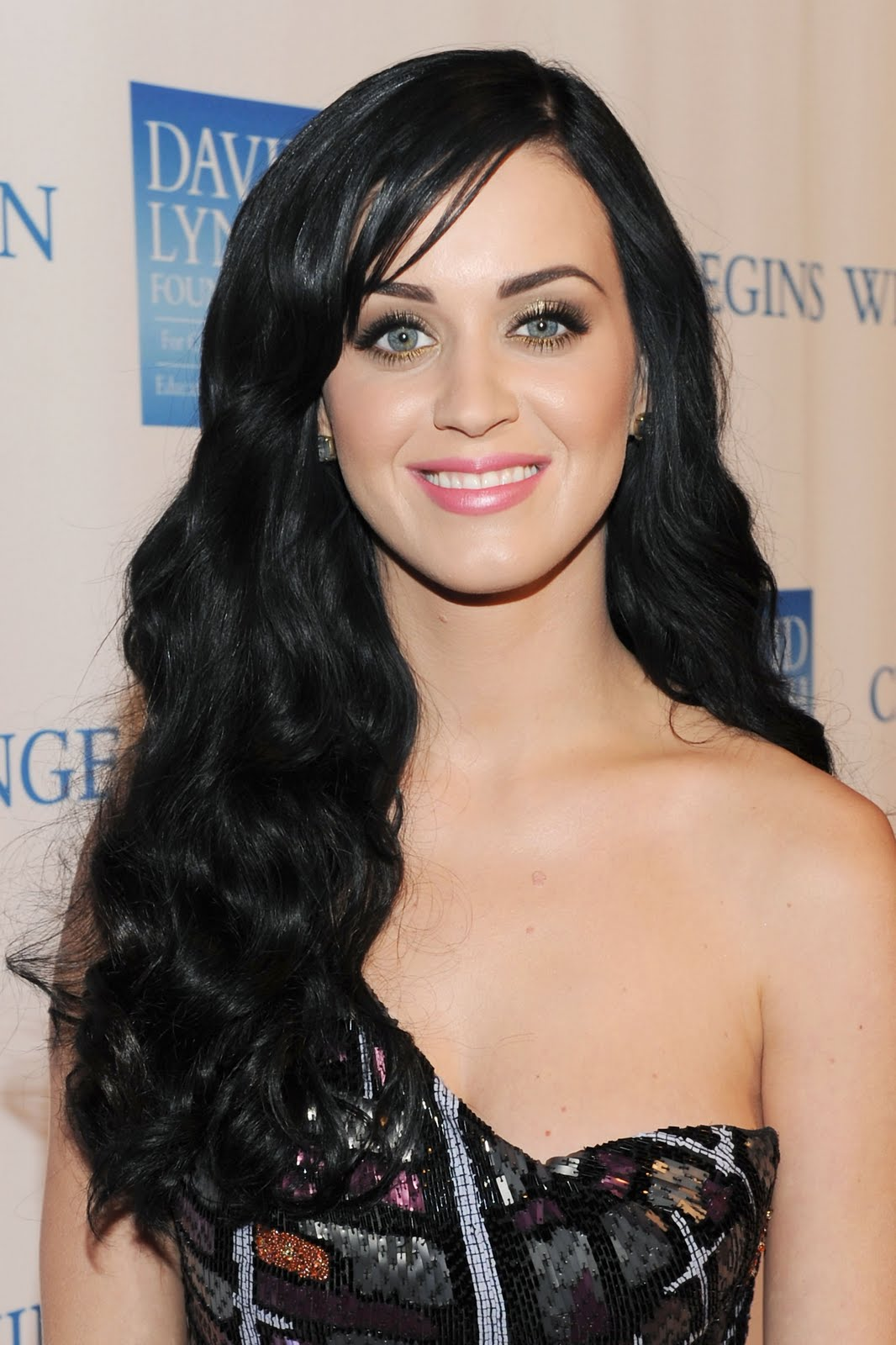 Katy Perry: A New Life Hartz: Russell Brand Katy Perry Sued For