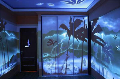 Fluorescent 3d wallpaper designs for home walls
