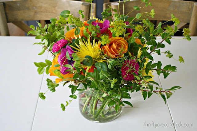 How to create your own flower arrangement