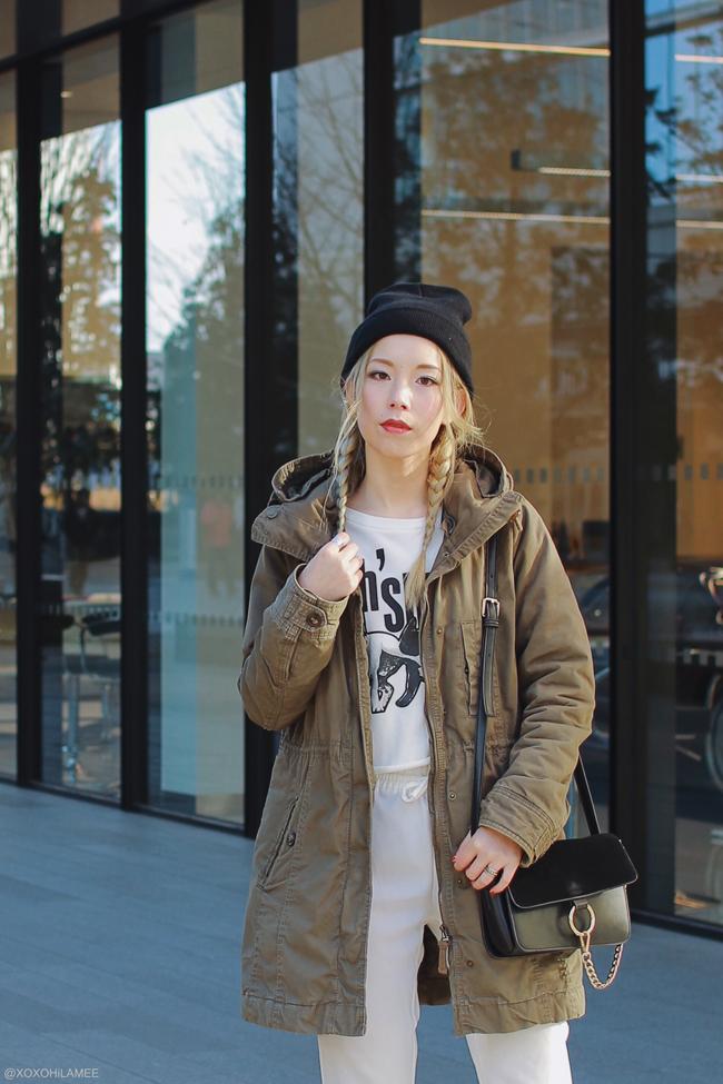 Japanese Fashion Blogger,Mizuho K,OOTD,20171217,H&M=coat,CHOIES=sweater,SheIn=loose pants,Tabio=W Line socks,Bonita=Pumps,Devilish Tokyo=beanie,Light in the Box= ring crossbody bag
