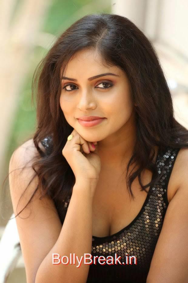 Karunya Pictures, Actress Karunya Hot Pics  in Black Top