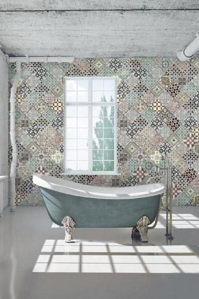 tendance décoration salle de bain 2016 mélange carreaux de ciment