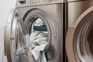 Image: Washing Machine, by Steve Buissinne on Pixabay