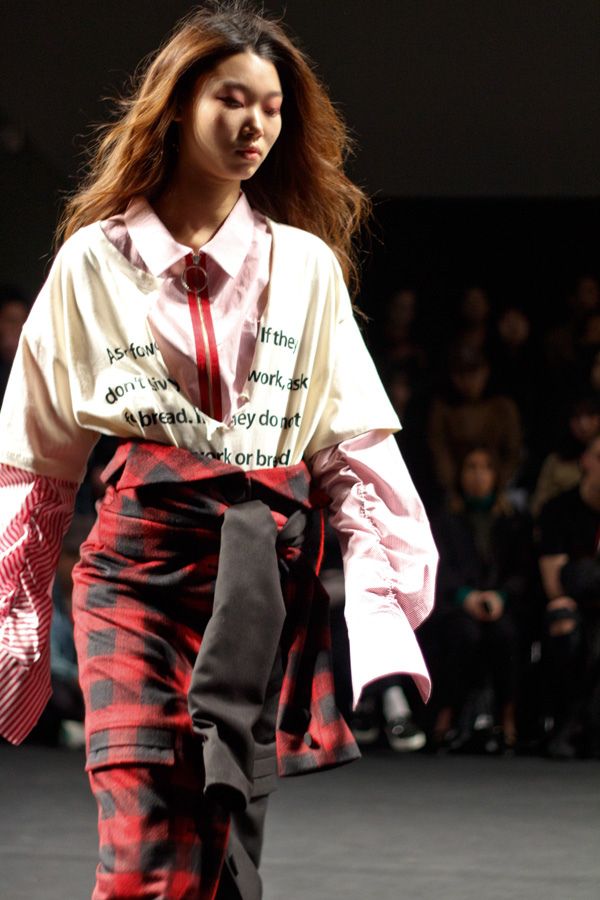 R Shemiste, seoul, fashion week, korean fashion, grunge, runway review, fall winter 2016