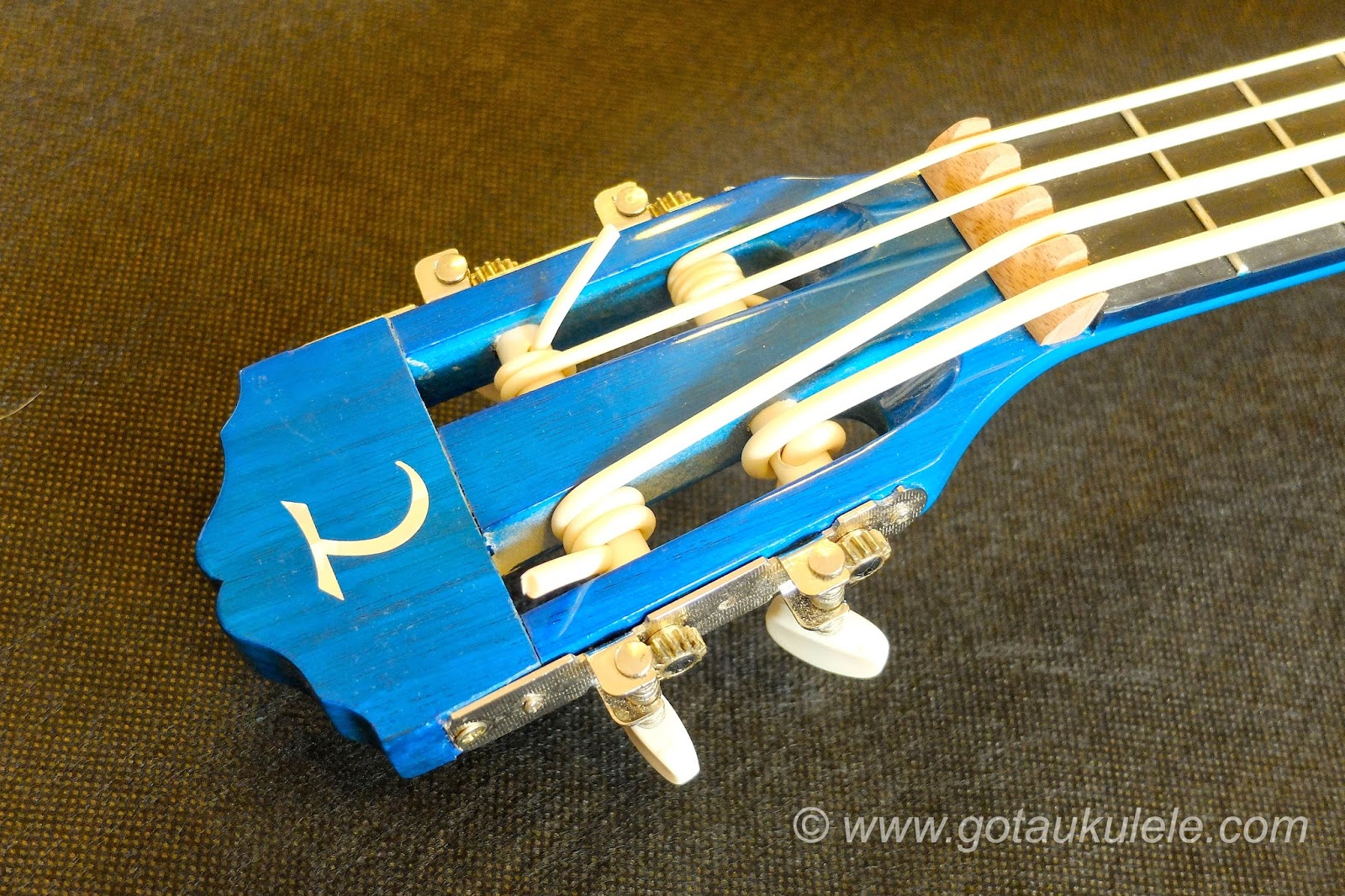 Buzzards Field Bass Afan Ukulele headstock