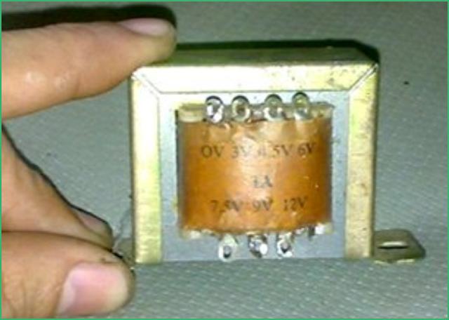 Pengertian Transformator, Adaptor dan Power Supply