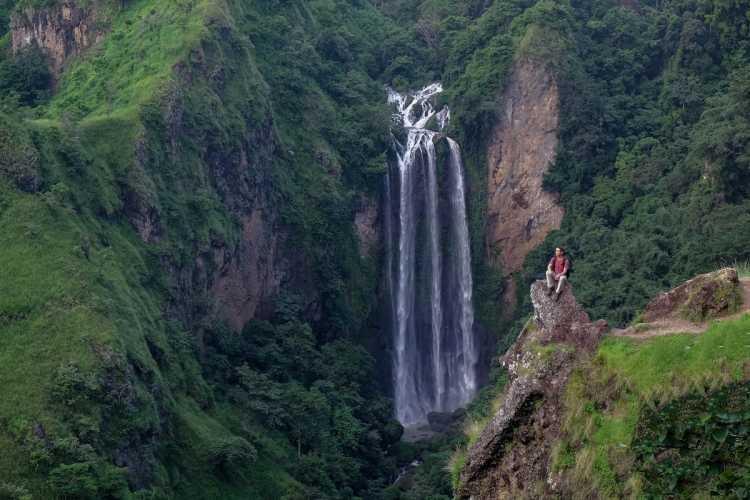 Daftar Air Terjun Terbaik di Sulawesi