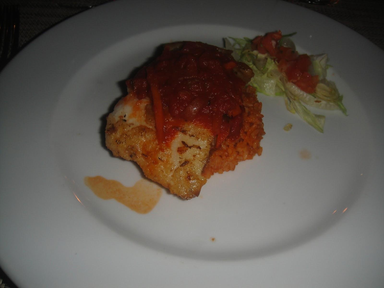 Gostosa servindo no restaurante cuzuda - 3 part 10