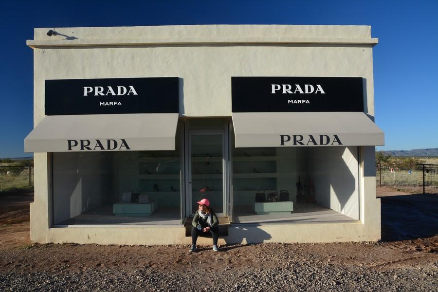 seule dans le désert
