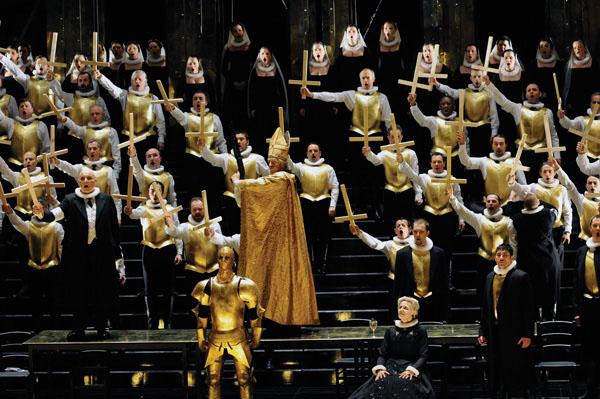 Meyerbeer's Les Huguenots in Strasbourg  (photo Alain Kaiser)
