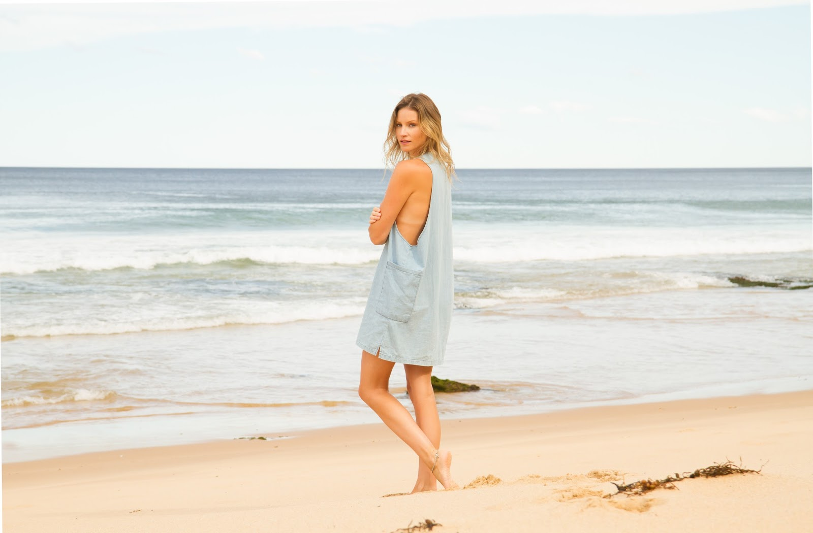 fashion blogger, alison hutchinson, at Garie Beach in Sydney, Australia