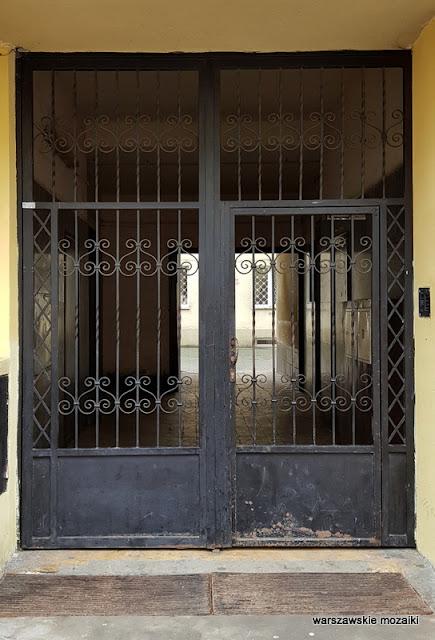 warszawa warsaw kamienica wola warszawskie kamienice przedwojenna architektura brama
