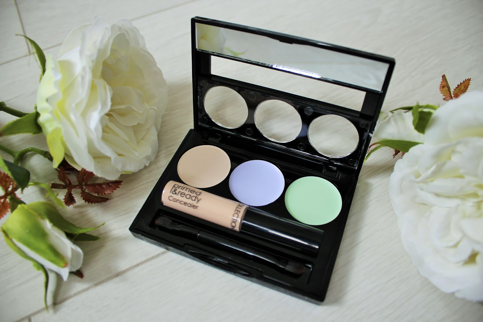 Collection Primed & Ready Correct & Conceal Palette Review - 2