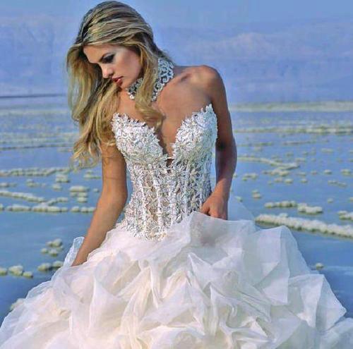 3bb481b88a Maioria B – Noiva Romântica  de personalidade meiga e doce