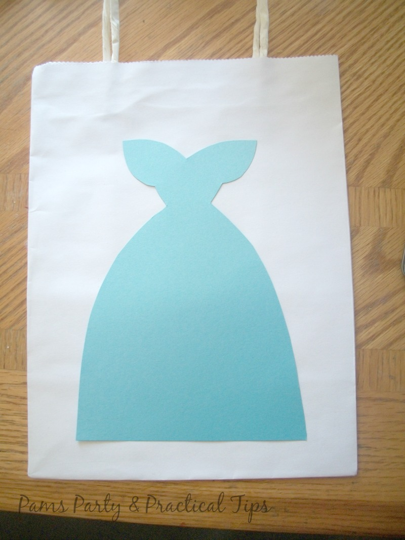 making a Cinderella party bag