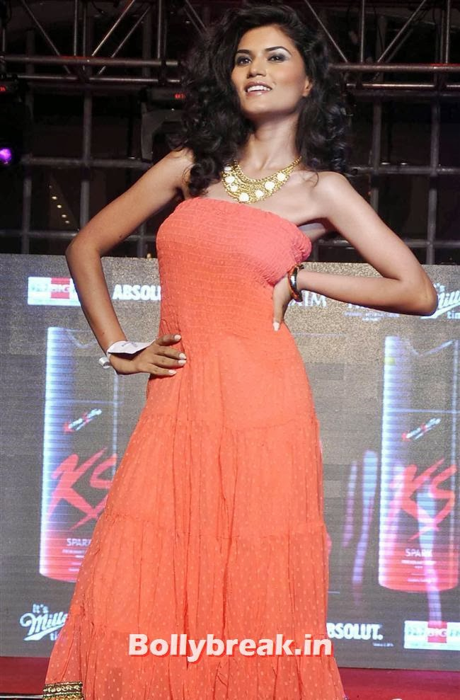 Winner Swapnil Sharma, Prachi Desai at Kamasutra Miss Maxim 2014