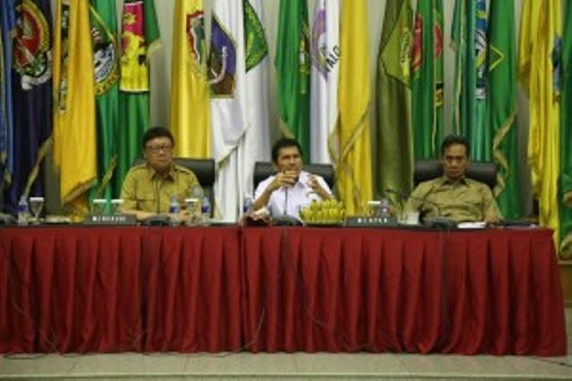 Untuk Kepala Daerah Pelaku Pungli, Mendagri Ancam Tak Bayar Hak Keuangan Selama 6 Bulan, PNS Langsung Dipecat