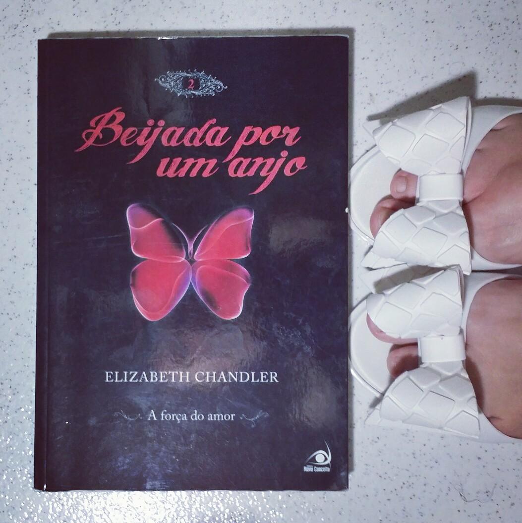 o livro beijada por um anjo 2