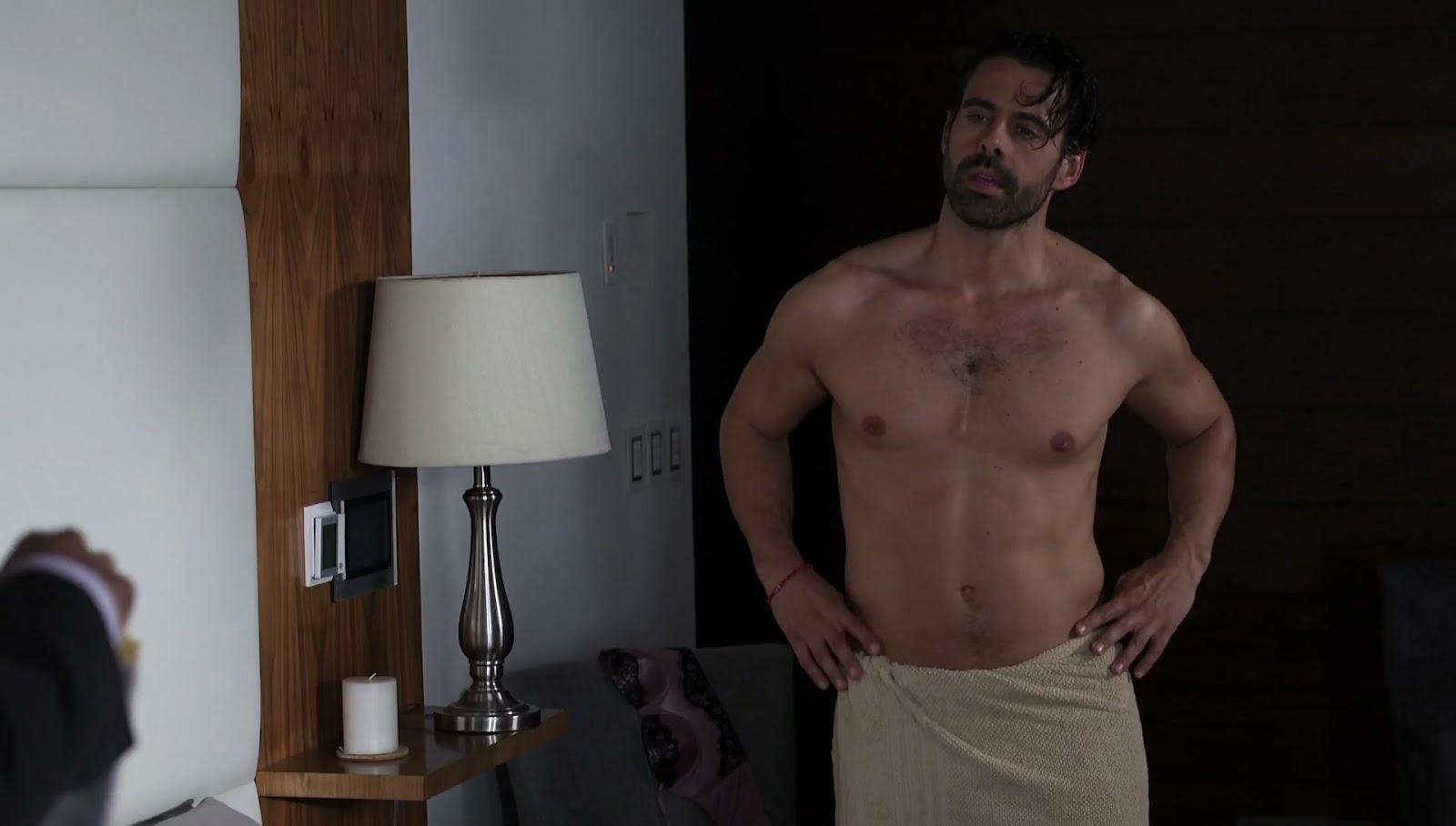Shirtless Men On The Blog: Emmanuel Esparza Shirtless