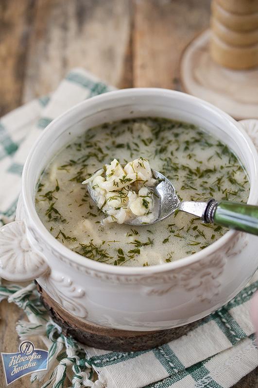 Zupa koperkowa z lanymi kluskami