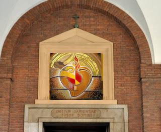 Mosaici E Vetrate Artistiche Sacre Arredamenti Interni