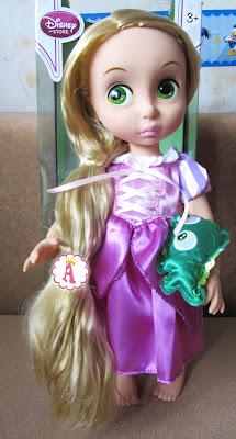 Распакованная кукла Рапунцель из коллекции Disney Animators Collection 2014 года