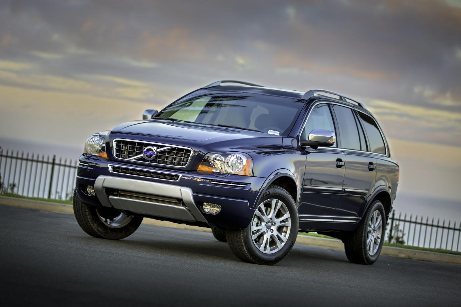 Best Car Models & All About Cars: 2013 Volvo XC90