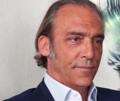Chi E Luca Ward Biografia E Vita Privata Dell Attore E Doppiatore Italiano Gossippiu