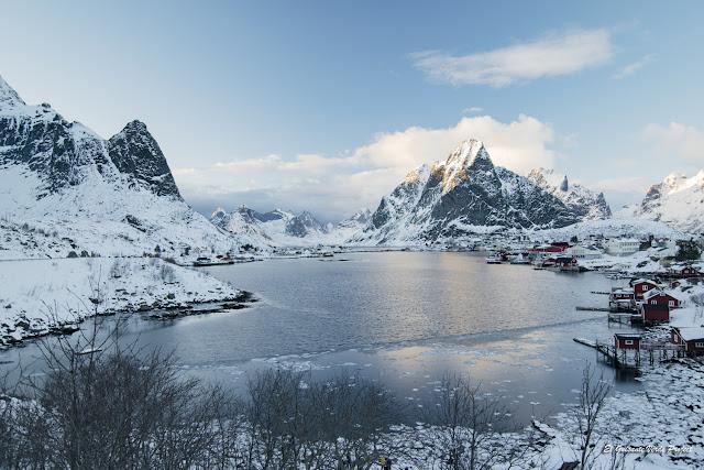 Reine, Islas Lofoten por El Guisante Verde Project