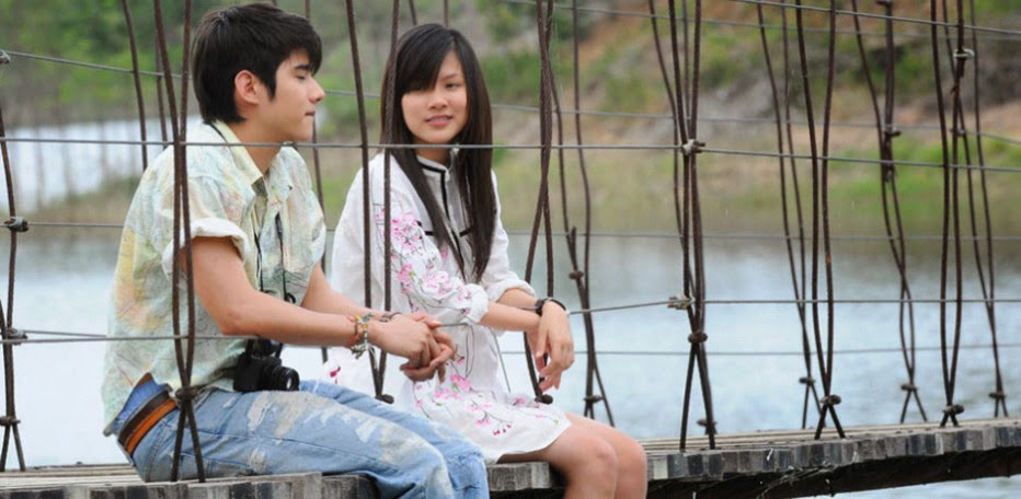 Crazy Little Thing Called Love (2010) + Subtitle Indonesia ...