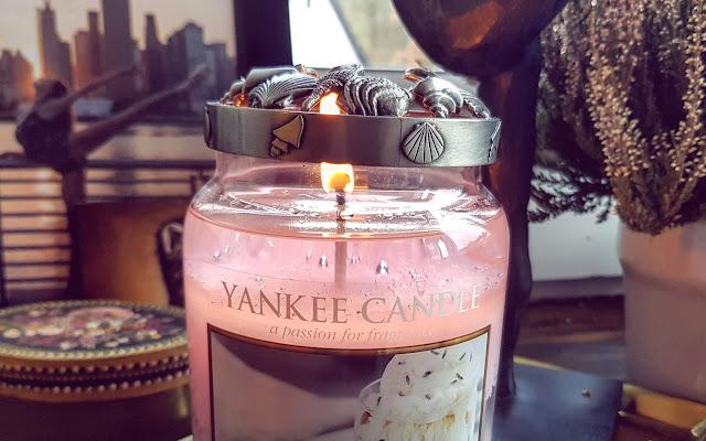 Yankee Candle - Honey Lavender Gelato - Czytaj więcej »