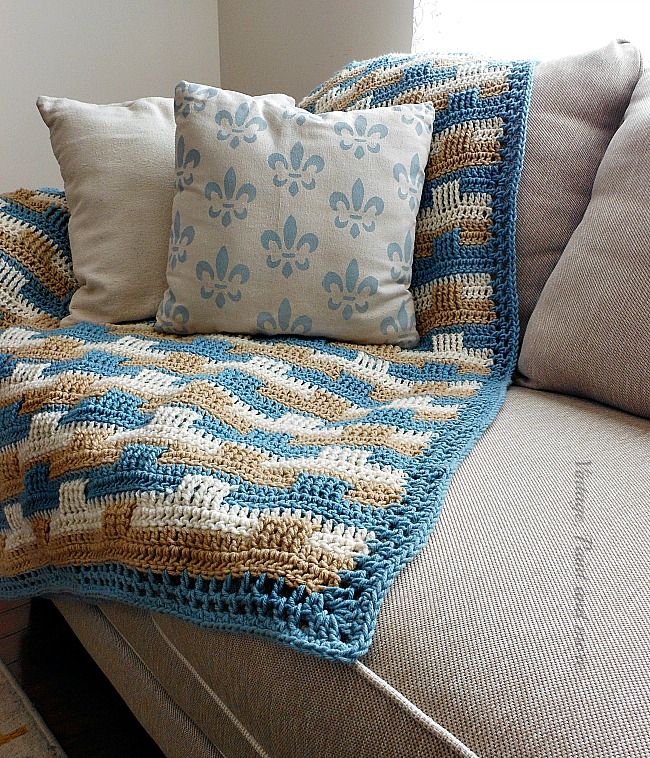 Vintage, Paint and more... crocheted basket weave afghan